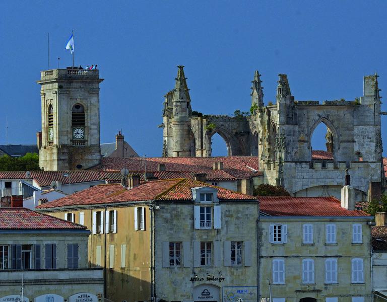 Der Glockenturm von Saint-Martin-de-Ré