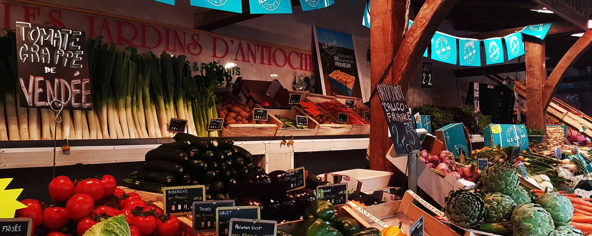 Le marché de la Flotte par @Destination-Ile-de-Ré