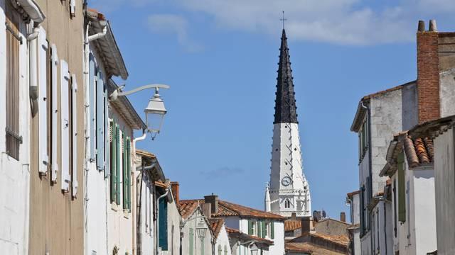Der Glockenturm von Ars-En-Ré